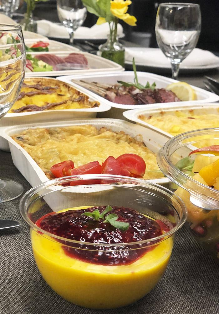Dessert, soenatgratäng och lammrack